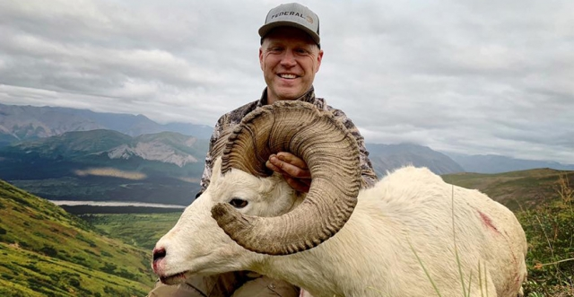 Dream Hunts: Dall Sheep and Mountain Goat Hunting with Nick Hoffman